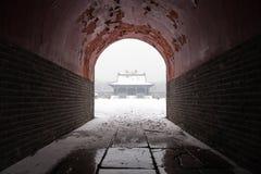 Arquitetura chinesa antiga no inverno imagem de stock