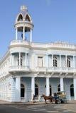 Arquitetura colonial cubana na cidade velha de Cienfuegos, Cuba Imagens de Stock Royalty Free