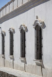Arquitetura colonial em Cachi, céu azul argentina Fotografia de Stock