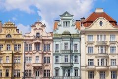 Arquitetura colorida do quadrado da república em Pilsen fotografia de stock