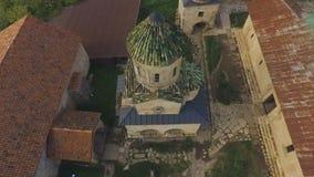 Arquitetura da catedral medieval antiga de Bagrati em Kutaisi, marco famoso video estoque