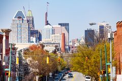 Arquitetura da cidade bonita da baixa de Baltimore, DM, EUA fotografia de stock