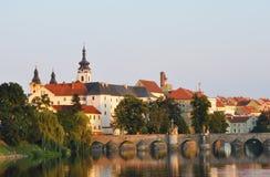 A arquitetura da cidade bonita da cidade Pisek em República Checa Imagem de Stock