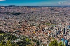 Arquitetura da cidade Colômbia da skyline de Bogotá imagens de stock royalty free