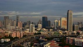 Arquitetura da cidade com construção na cidade de Banguecoque video estoque