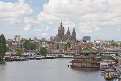 Arquitetura da cidade da Holanda de Amsterdão fotografia de stock