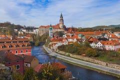 Arquitetura da cidade de Cesky Krumlov em República Checa Fotografia de Stock
