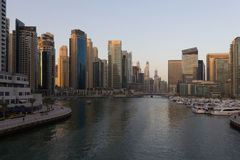 Arquitetura da cidade de Dubai Fotografia de Stock Royalty Free