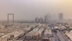 Arquitetura da cidade de Dubai durante o timelapse da tempestade de areia video estoque