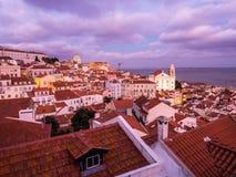 A arquitetura da cidade de Lisboa, Portugal, considerado de Portas faz o solenoide Imagem de Stock Royalty Free