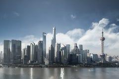 Arquitetura da cidade de Shanghai na manhã Foto de Stock Royalty Free