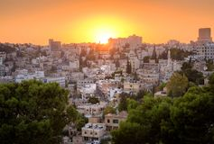 Arquitetura da cidade do por do sol de Amman Jordan Middle East imagem de stock