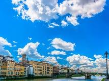 Arquitetura da cidade durante o tempo de mola, Itália de Florença Imagens de Stock
