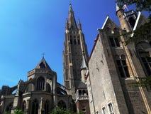 Arquitetura da cidade medieval europeia velha Bruges, Bélgica fotografia de stock royalty free