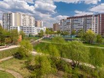 Arquitetura da cidade no distrito administrativo de Zelenograd em Moscou, Rússia fotos de stock royalty free