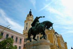 Arquitetura da cidade no quadrado de cidade principal dos CPE - Hungria Os CPE eram um de Imagens de Stock