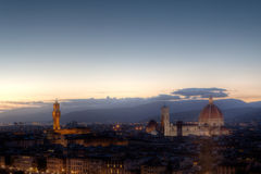 Arquitetura da cidade noite de Florença, Firenze, Toscânia, Itália Foto de Stock Royalty Free