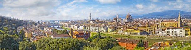 Arquitetura da cidade da opinião aérea de Florença Opinião do panorama do quadrado do parque de Michelangelo Fotografia de Stock Royalty Free