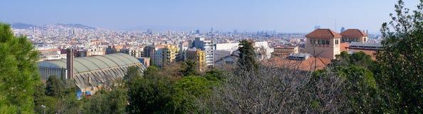 Arquitetura da cidade panorâmico de Barcelona do monte de Montjuic, Espanha Fotografia de Stock Royalty Free