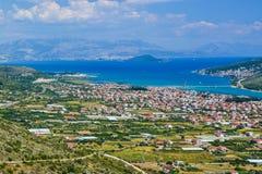 A arquitetura da cidade Trogir, Croácia fotografia de stock royalty free
