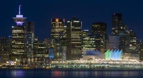 Arquitetura da cidade Vancôver Canadá da cena da noite Fotografia de Stock Royalty Free