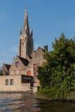 Arquitetura de Buges - a igreja de nossa torre da senhora Foto de Stock Royalty Free