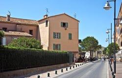 Arquitetura de Saint Tropez da cidade Imagem de Stock