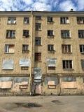 Arquitetura de St Petersburg Esvazie bric velho desolado abandonado imagem de stock