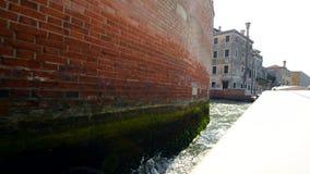 Arquitetura de Veneza de um barco da excursão filme