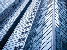 A arquitetura detalha o exterior moderno da construção da fachada de vidro Imagem de Stock Royalty Free