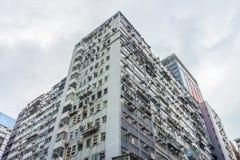 Arquitetura do prédio de apartamentos velho Imagens de Stock