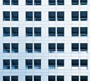 Arquitetura do prédio de escritórios Foto de Stock Royalty Free
