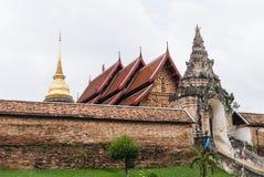 Arquitetura do templo de Luang do lampang do prathat Fotos de Stock Royalty Free