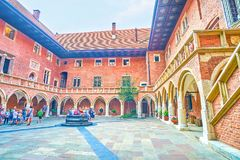 A arquitetura gótico do estilo da universidade de Jagiellonian, Krakow Fotografia de Stock Royalty Free