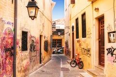 9 9 2016 - Arquitetura genérica na cidade velha de Rethymno Foto de Stock