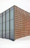 Arquitetura geométrica moderna no inverno imagem de stock