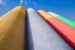 Arquitetura industrial abstrata, tanques concretos coloridos imagens de stock royalty free