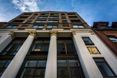 Arquitetura interessante ao longo da 2á rua em Manhattan, Yor novo Imagens de Stock