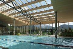Arquitetura interna do banho público da nadada Imagem de Stock