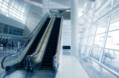 Arquitetura moderna do aeroporto Foto de Stock Royalty Free