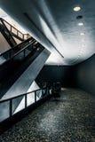 Arquitetura moderna e escadas rolantes no museu de Hirshhorn, lavagem Fotos de Stock Royalty Free