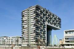 Arquitetura moderna, skyline de rhine, água de Colônia Imagem de Stock