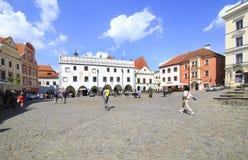 Arquitetura no centro histórico de Cesky Krumlov Fotos de Stock