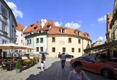 Arquitetura no centro histórico de Cesky Krumlov Imagem de Stock Royalty Free