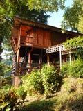 Arquitetura tailandesa & pátio da construção de casa Fotografia de Stock