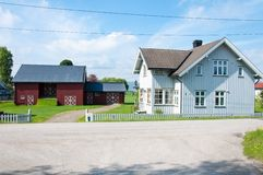 Arquitetura tradicional de madeira em Noruega o 20 de maio de 2014 em Gardermoen, Noruega Foto de Stock