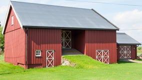 Arquitetura tradicional de madeira em Noruega o 21 de maio de 2014 em Gardermoen, Noruega Fotografia de Stock