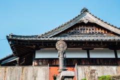 Arquitetura tradicional do templo de Kofukuji em Nagasaki, Japão imagem de stock