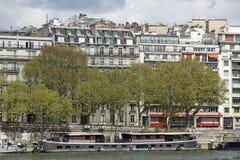 Arquitetura tradicional em Paris, Foto de Stock