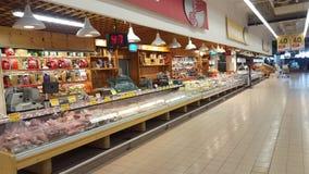 Arquivar com as salsichas italianas típicas Foto de Stock Royalty Free